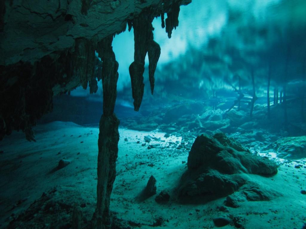 CenotesDosOjosEastEYE