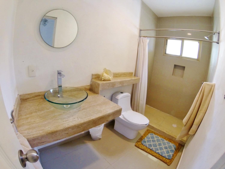 nice and clean bathroooms agua clara dive center