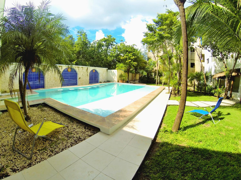 swimming pool agua clara dive center